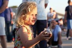 Litet barnstående Fotografering för Bildbyråer