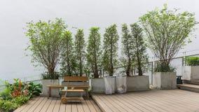 Litet bosatt utrymme med den gröna miljön Royaltyfria Foton
