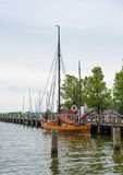 litet gammalt seglingskepp Royaltyfria Bilder
