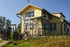 litet hotell Royaltyfria Foton