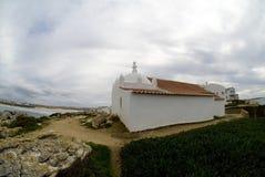 Litet kapell på en klippa, Baleal, Portugal #2 royaltyfri fotografi
