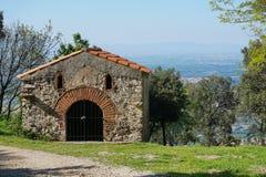 Litet kapell Pyrenees Orientales Sorede Frankrike Arkivfoton