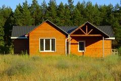 litet trä för hus Arkivbild