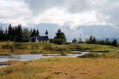 Litlle verlaten kerk stock fotografie