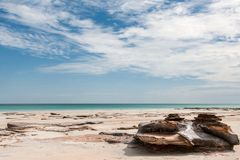 Litoral australiano do uniqe com praia fotos de stock royalty free