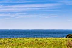 Litoral da praia no verão Fotos de Stock Royalty Free