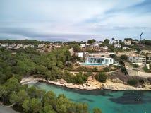 Litoral de Cala del Mago na ilha de Majorca spain fotografia de stock royalty free