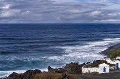 Litoral de Lanzarote imagem de stock royalty free