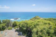 Litoral de uma praia rochosa ao longo da grande estrada do oceano, Victoria Fotografia de Stock