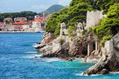 Litoral do mar de adriático em Dubrovnik foto de stock royalty free