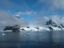 Litorale antartico Immagine Stock Libera da Diritti