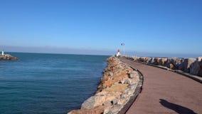 Litorale bella oceano della baia vista di Francia, video 4k video d archivio