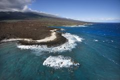 Litorale con le rocce della lava. Immagini Stock
