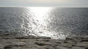 Litorale del d'Ail del cappuccio in un giorno di inverno soleggiato stock footage