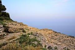 Litorale del Mar Mediterraneo di mattina Immagini Stock Libere da Diritti