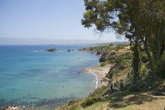 Litorale della Cipro vicino a Polis Immagini Stock