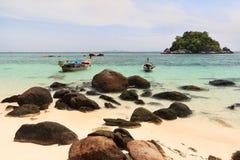 Litorale della spiaggia della Tailandia di Andaman Fotografie Stock Libere da Diritti