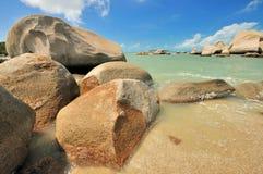 Litorale di mare roccioso Fotografia Stock Libera da Diritti