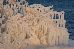Litorale ghiacciato il lago Ontario delle armoniche Fotografia Stock Libera da Diritti