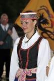 Litouwse jonge dame, folkloredansers royalty-vrije stock foto's
