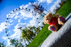 Little bear & london eye Royalty Free Stock Photography