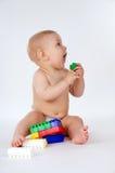 Little Boy che gioca con i giocattoli Fotografie Stock Libere da Diritti