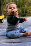 Little Boy che gioca con la sua automobile Fotografia Stock Libera da Diritti