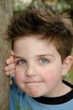 Little Boy com olhos azuis fotos de stock royalty free