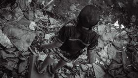 Little Boy com seu estilo de vida da fam?lia imagens de stock royalty free