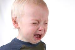 Little Boy frustrado gritador en blanco Imágenes de archivo libres de regalías