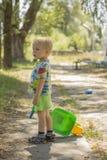 Little Boy-Gehen Stockfotos