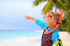 Little boy going on snorkel at beach Royalty Free Stock Images
