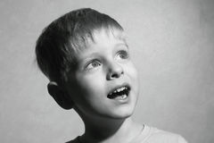 Little boy look up Royalty Free Stock Photography