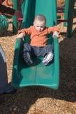 Little Boy-Schieben Lizenzfreie Stockfotografie