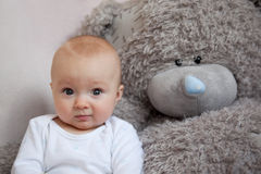 Little boy together favourite teddy Royalty Free Stock Photos