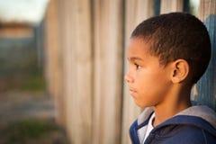 Little Boy triste photos stock