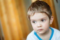 Little Boy triste Imagen de archivo
