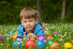 Little Boy w trawie obraz royalty free
