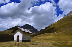 Little chapel in the mountains Royalty Free Stock Photos