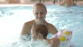 Free Little Child Having Swimming Lessons Royalty Free Stock Images - 35748809