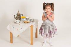 little deltagaretea Royaltyfri Foto