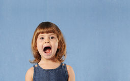 Little girl shouting Royalty Free Stock Photos