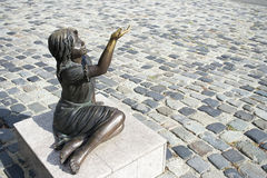 Little girl statue Royalty Free Stock Photos