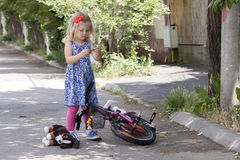 Little girl on street Royalty Free Stock Photography