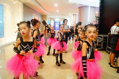 The little girls who take part in the street dance competition Royalty Free Stock Photography