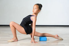 Little japanese Girl In Gymnastics Royalty Free Stock Photography