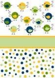 Little kort för fågelungefågelinbjudan Royaltyfria Bilder