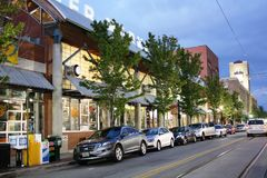 Little Rock im Stadtzentrum gelegen am Sonnenuntergang Lizenzfreie Stockfotos