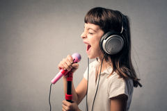 Free Little Singer Royalty Free Stock Images - 52340749