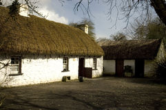 Little Thatched Cottage. Bunratty Castle, Co Clare, Ireland Stock Photo